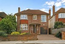 5 bed Detached house in Marchmont Road...