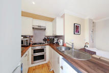 2 bed Apartment in South Park Road...
