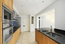 4 bed house to rent in Gladstone Road, SW19