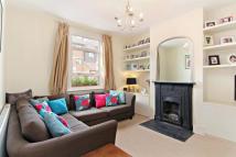 2 bedroom Terraced house to rent in Pelham Road, Wimbledon...