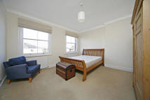 2 bed Apartment in King Henrys Road...