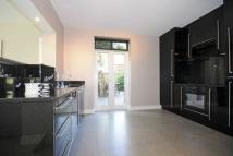 3 bedroom Apartment in St. Johns Wood Park...
