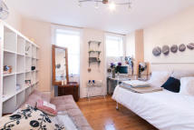 Flat to rent in Colebrooke Row, N1