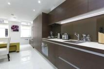 Apartment to rent in Albany House, WC1H