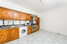 3 bed Apartment in Danbury Street, N1