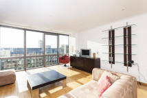 Apartment in West India Quay, E14