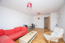 Regents Park Road Flat to rent