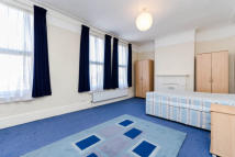 Flat in Archway Road, London, N6