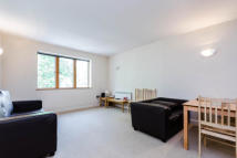 2 bedroom Flat in Three Oak Lane, London...