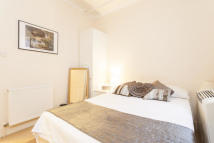 Flat to rent in Little Britain, EC1A