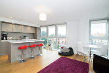 2 bedroom Apartment in Camden Road, N7