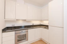 Englefield Road Apartment to rent