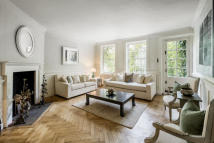 property to rent in Lawrence Street, Chelsea, SW3