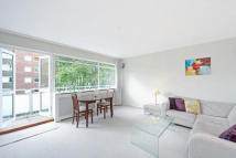 property to rent in Chelsea Court, Elm Park Gardens, SW10