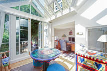 4 bed home to rent in Paultons Square, Chelsea...