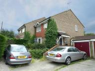 3 bed semi detached property in Glendale, Swanley, Kent