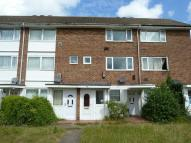 2 bed Maisonette in Goldsel Road, Swanley...