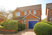 4 bed house in Field Gardens, Steventon...