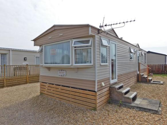 3 bedroom mobile home for sale in southsea leisure park