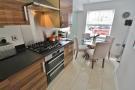 Kitchen & Bre...
