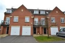 Terraced house to rent in Oakview Close, Oxhey...