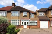 5 bedroom semi detached property in Swiss Avenue, Cassiobury...