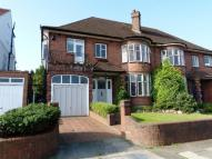 4 bed house in RIDINGS AVENUE...