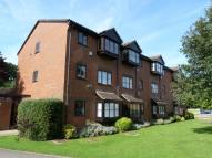 Flat to rent in GLADBECK WAY, ENFIELD...