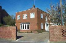 4 bed house in Altwood Road, Maidenhead
