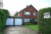 4 bed house in Thames Close, Bourne End