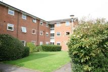 2 bed Flat in In The Ray, Maidenhead