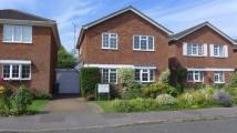 property to rent in 16 Chalgrove End, Stoke Mandeville, HP22 5UH