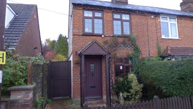 34 Plomer Green Lane Front 029