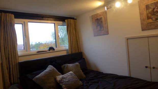 34 Plomer Green Lane Bed 3 013