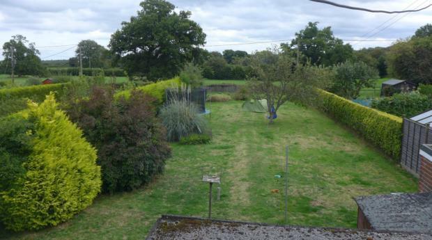 Hobart Cottages 6 Garden 011