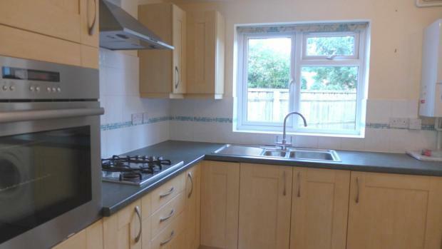 Jasmine Crescent 14 Kitchen 004