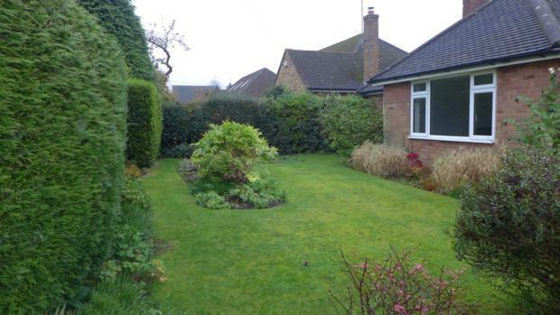 Littlemore Front Garden 050