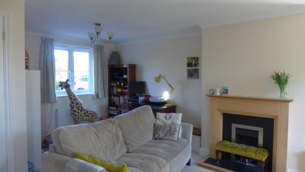 Pygle Cottages 5 Sitting Room 002