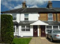 3 bed Terraced house to rent in Wycombe Lane...