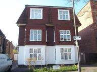 2 bedroom Flat in Salisbury Road...