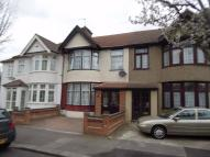 3 bed Terraced house in Ashburton Avenue, ILFORD...