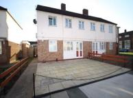 1 bed Ground Flat for sale in Roxwell Road, BARKING...