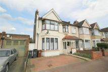 4 bedroom End of Terrace house for sale in Hurstbourne Gardens...