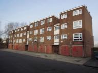 3 bed Flat for sale in Lambourne Gardens...