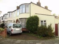 3 bed End of Terrace house for sale in Lyndhurst Gardens...