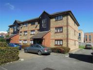 Flat to rent in Waterside Close, Barking...
