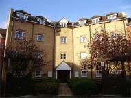 2 bedroom Flat to rent in Ridley Close, Barking...