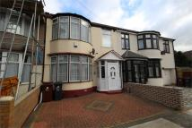 3 bedroom Terraced house in Lyndhurst Gardens...