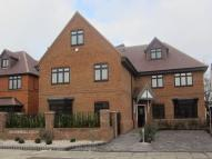 Flat in Manor Avenue, Hornchurch