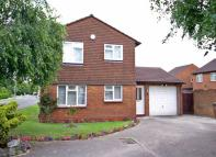 Detached property in Leamington Road, Luton...